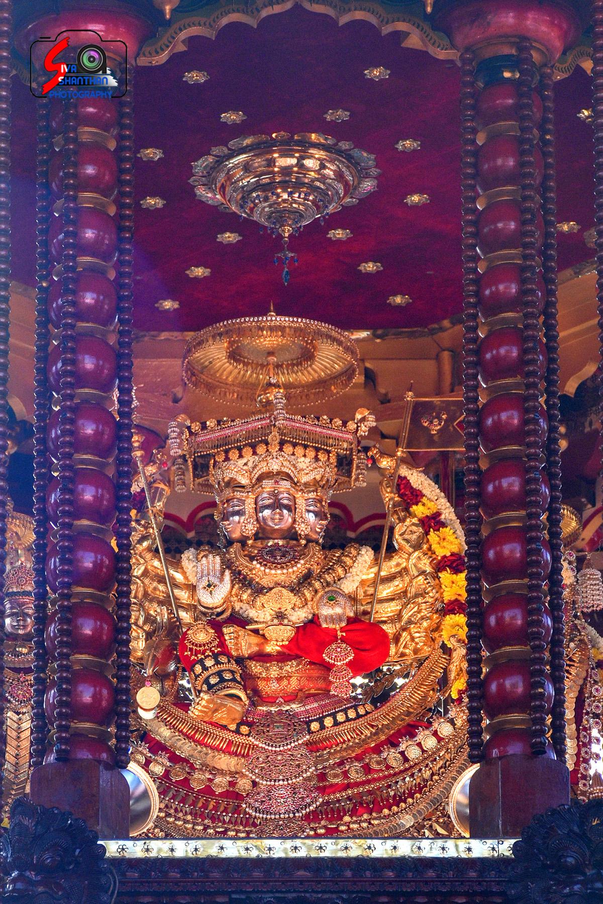 யாழ்ப்பாணம் – நல்லூர் கந்தசுவாமி கோவில் தேர்த்திருவிழா - படங்கள் மற்றும் வீடியோ 12