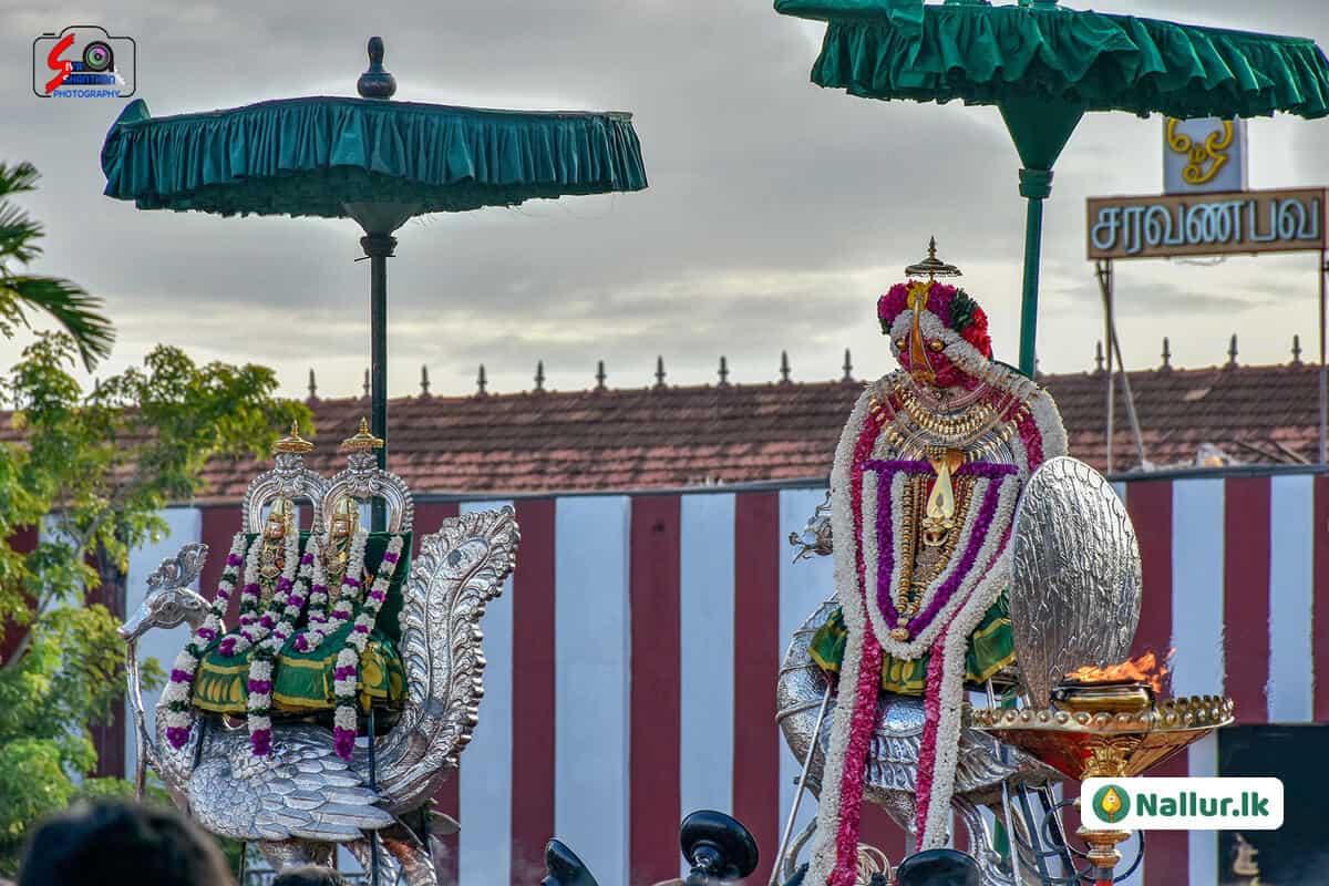 நல்லூர் கந்தசுவாமி கோவில் 1ம் திருவிழா (படங்கள்) 17